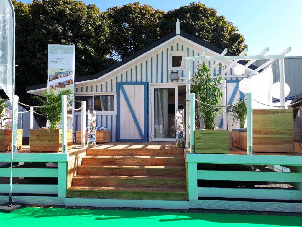 Acheter le chalet habitable du cabanon bleu - Terrasse