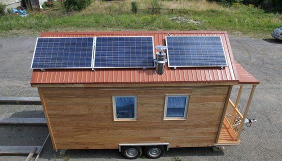Panneaux photovoltaiques de la Tiny House autonome